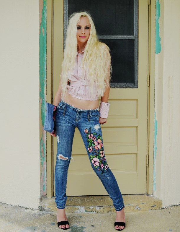 Painted floral jeans. Custom.