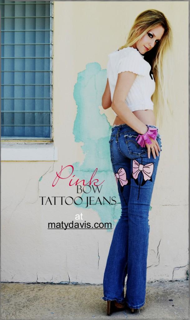 BOW Tattoo jeans in Pink. Seam. Custom.