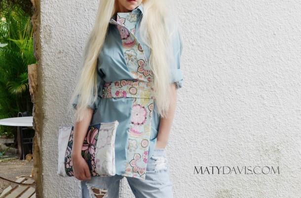 Paisley printed kimono top.