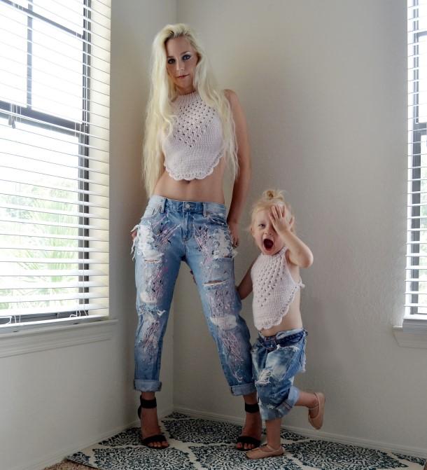Girls boyfriend jeans. Splatter painted. Size 5 girls. Ready to ship.