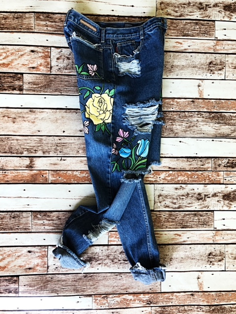 Vintage floral jeans. Hand painted. Ready to ship.